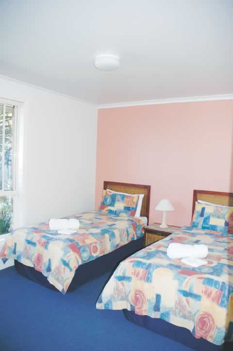 bermagui accommodation second bedroom T2
