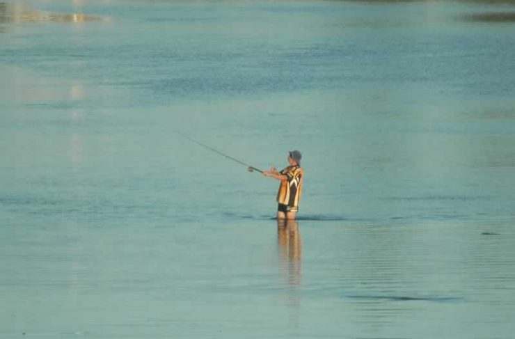 Catch a fish on Bermagui River