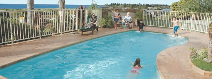 bermagui accommodation swimming pool